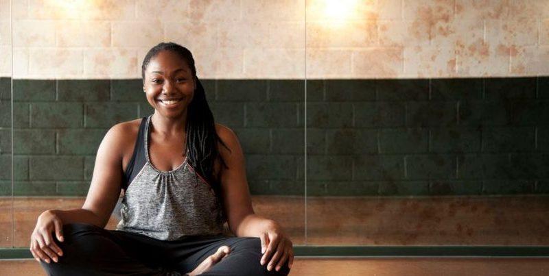 Paula_Hines_Corporate_Yoga_Teacher_Stretching_the_City