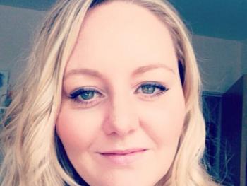 Laura_corporate_massage_london