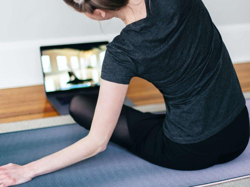 online_corporate_yoga_classes