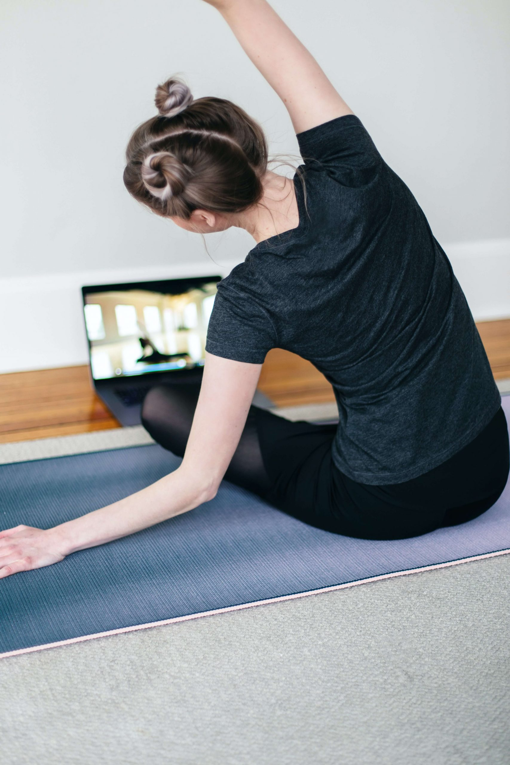 How to get the most out of your virtual yoga class ...
